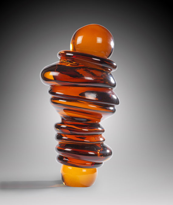 Tony Cragg - Spine (Amber)